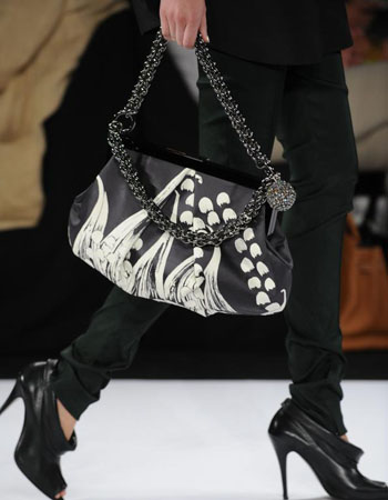 Vera Wang - Fashion Week 2009 :  handbag bag verano 2009